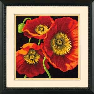 """Набір для вишивання гобеленом """"Червоне маковое тріо - Red Poppy Trio"""" DIMENSIONS 71-20073"""